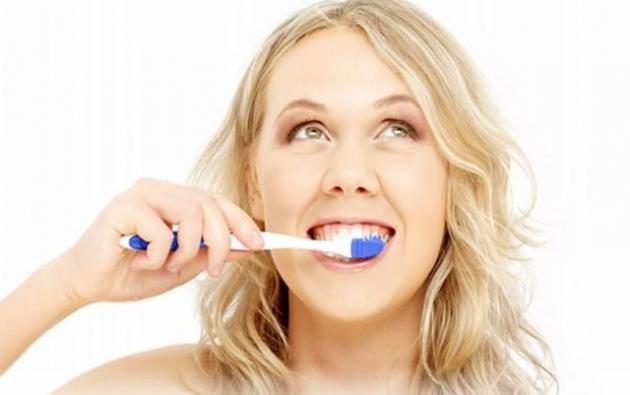 Como-tratar-la-periodontitis-de-forma-natural-4.jpg