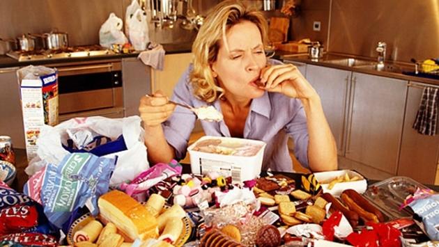 Estrés y alimentación: consejos para comer menos.jpg