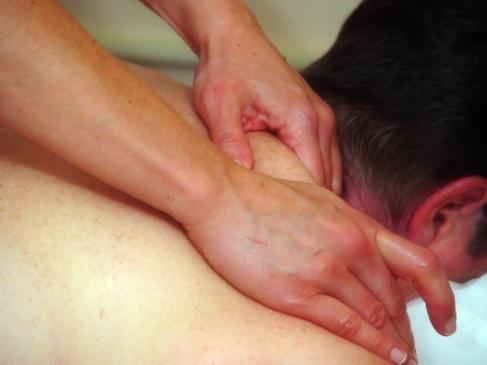 Qué son los masajes neuromusculares y cómo funcionan .jpg