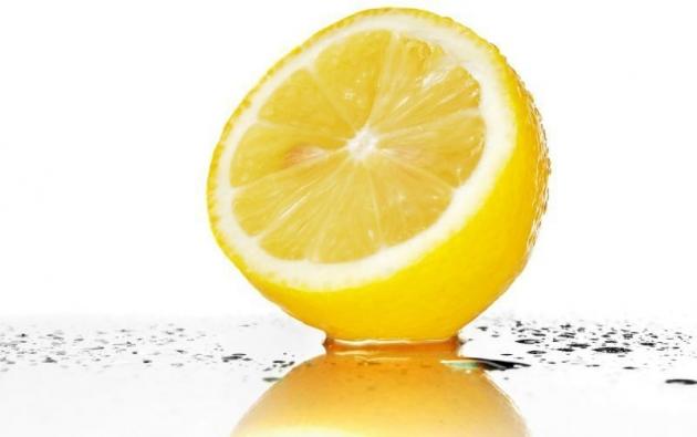 Recetas caseras de limón combatir la caspa  4.jpg