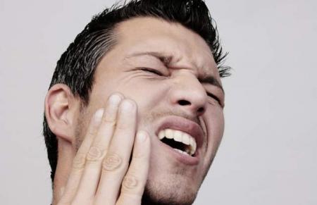cómo calmar el dolor de muelas naturalmente1.jpg